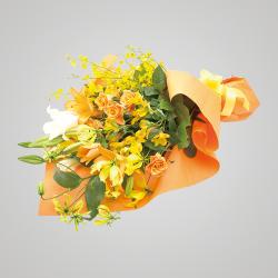 スタイル:華やか 色味:黄系 バラ・ゆりを中心に5種のお花を合わせたイメージ。 10,000円